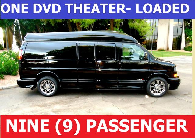 8 DVD 9 PASS BLACK With CONVERSION VAN