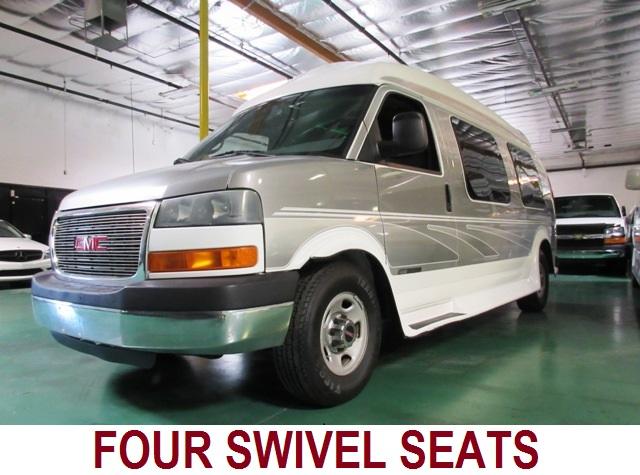 2004 GMC Cobra LX Presidential 9 Passenger Conversion Van